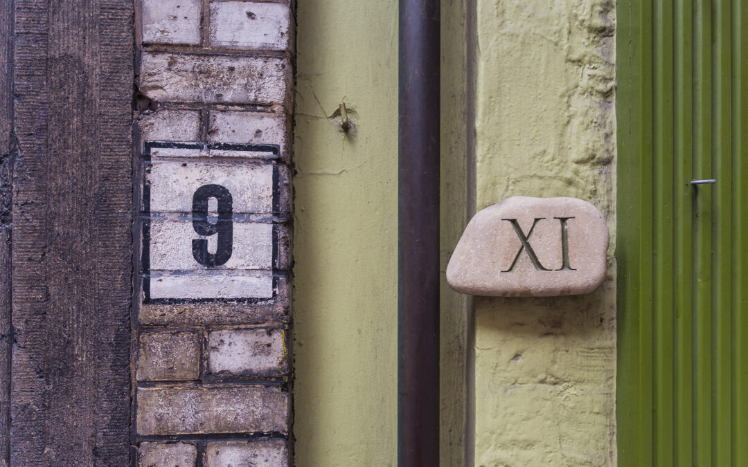 9 XI House numbers