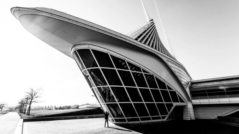 Adding people in your architectural photography